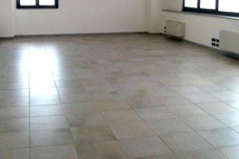 Pulizia pavimenti piastrellati