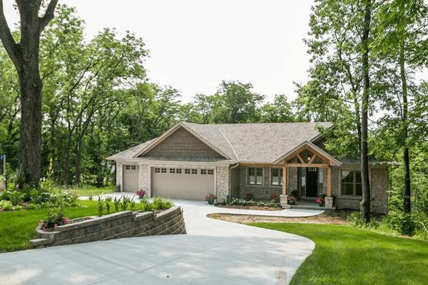 H&H Home Builders Exterior Design Image #3