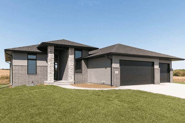 H&H Home Builders Exterior Design Image #4