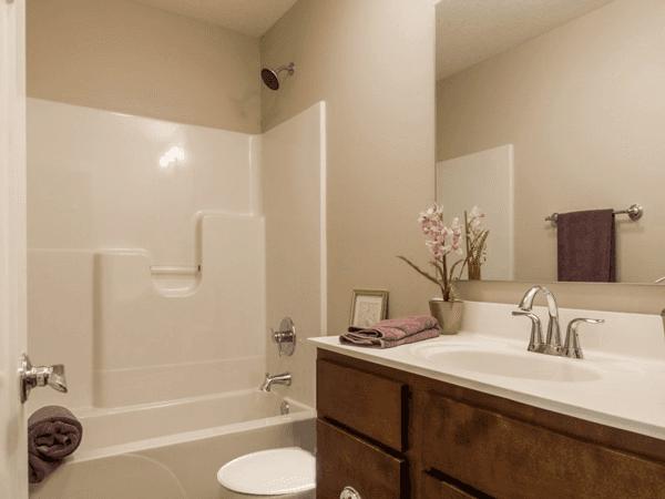 H&H Home Builders Interior Design Image #4