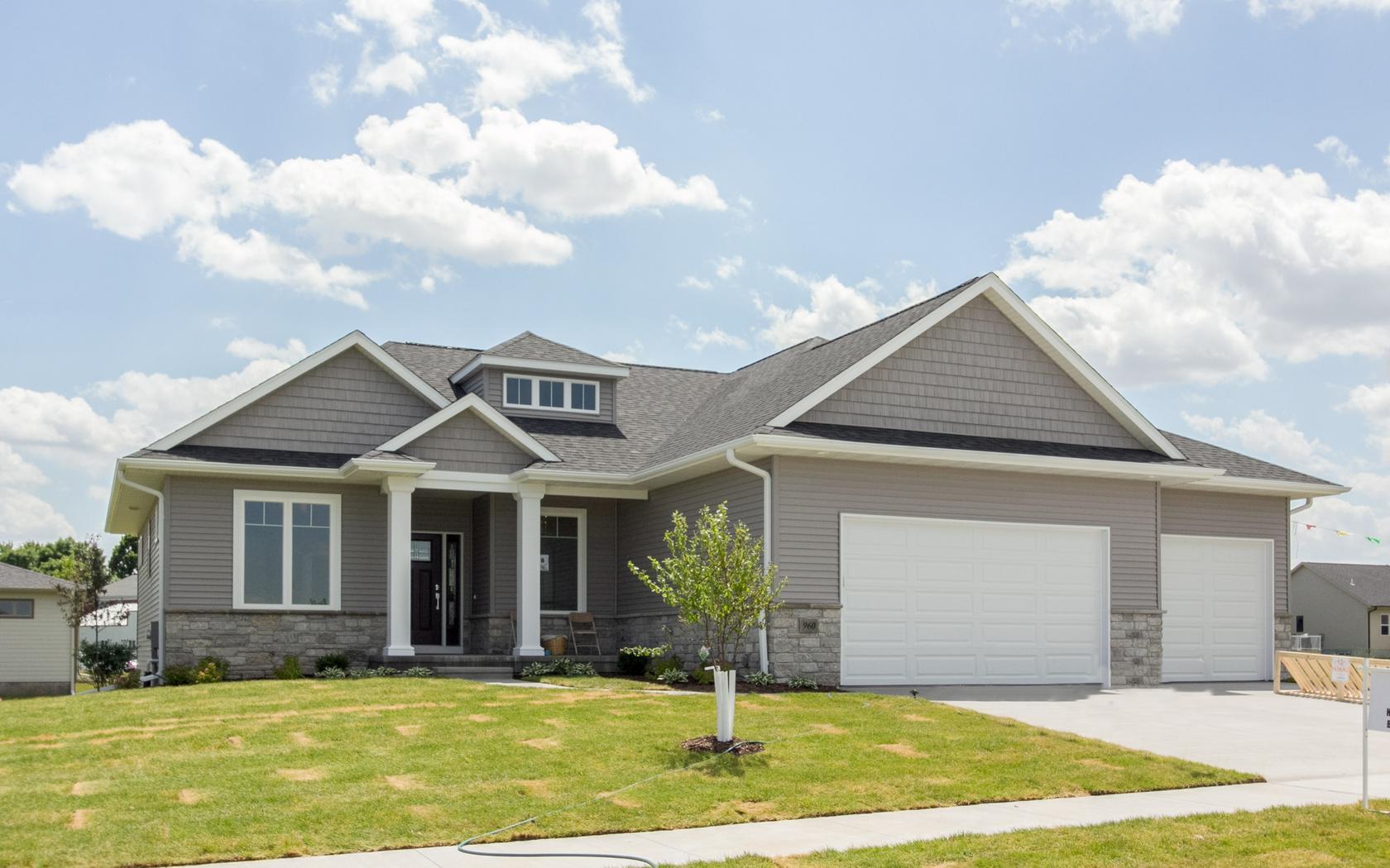 H&H Home Builders Exterior Design Image #38