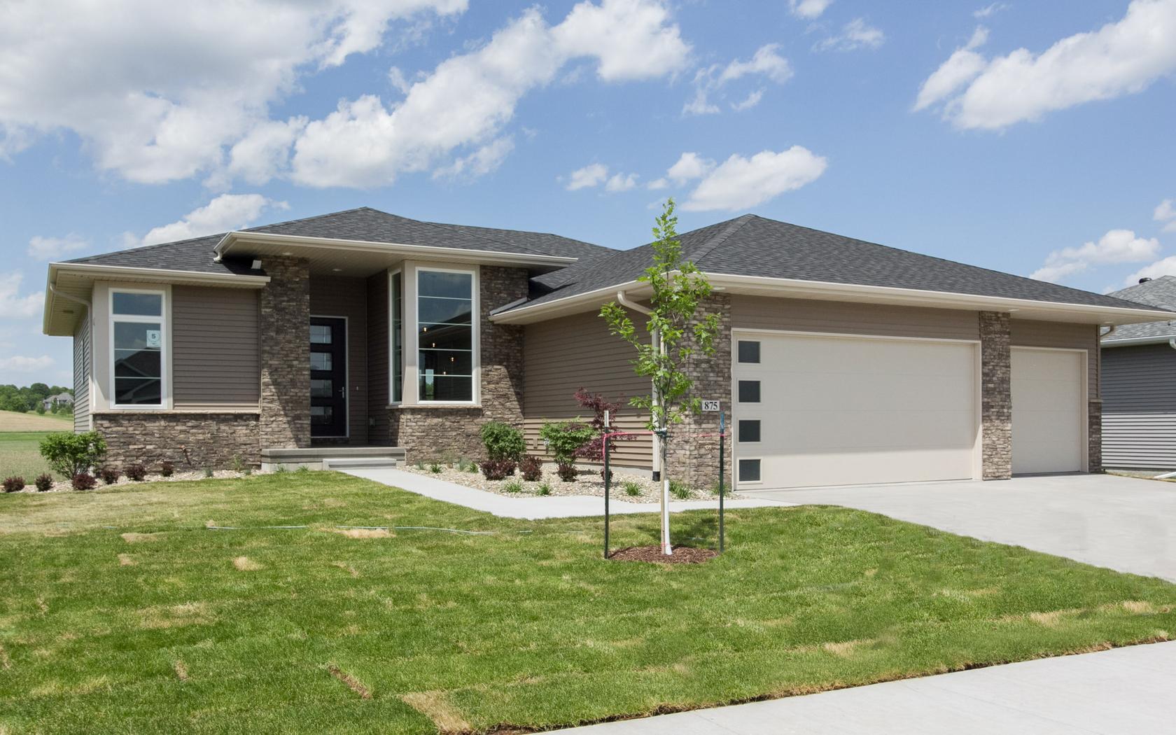 H&H Home Builders Exterior Design Image #42