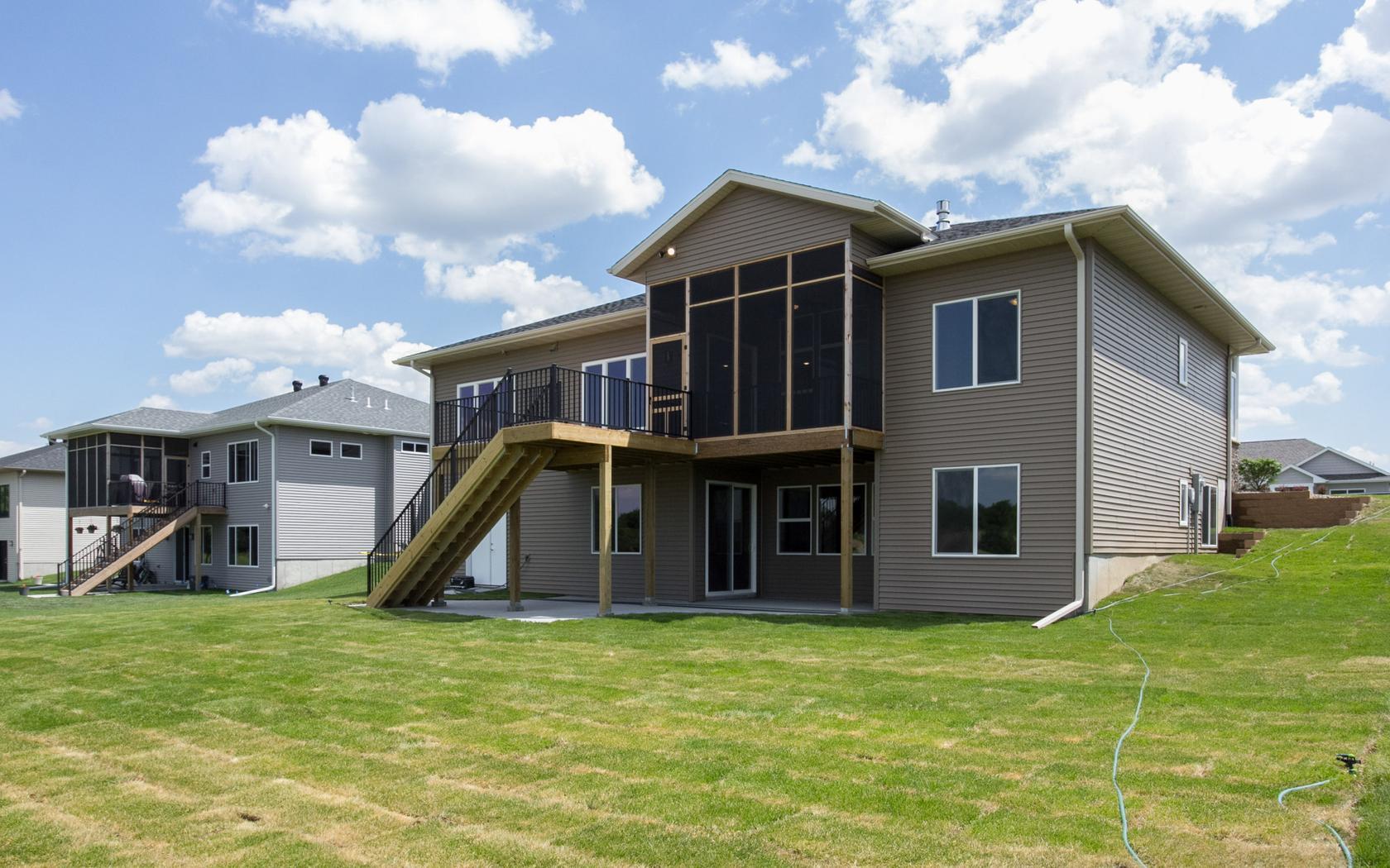 H&H Home Builders Exterior Design Image #41