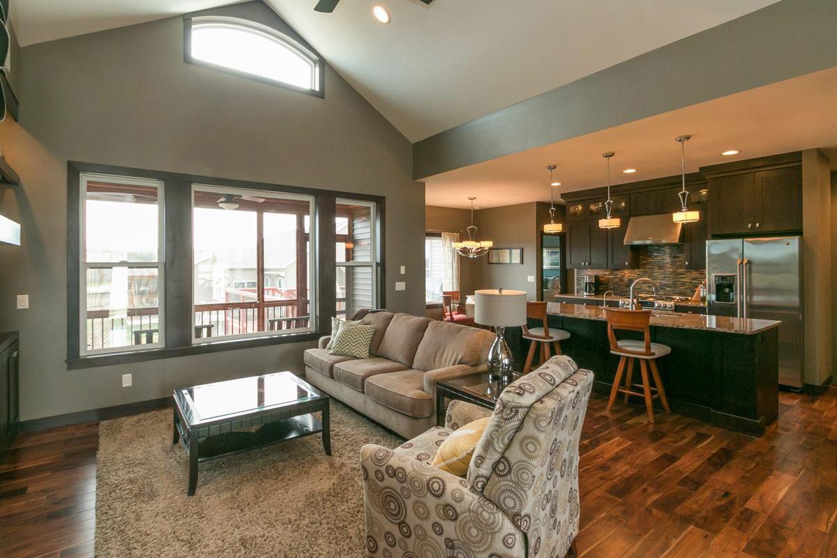 H&H Home Builders Interior Design Image #83