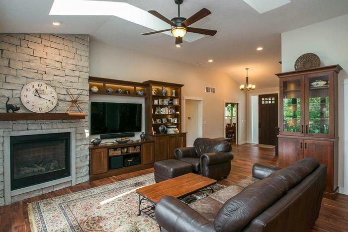 H&H Home Builders Interior Design Image #85