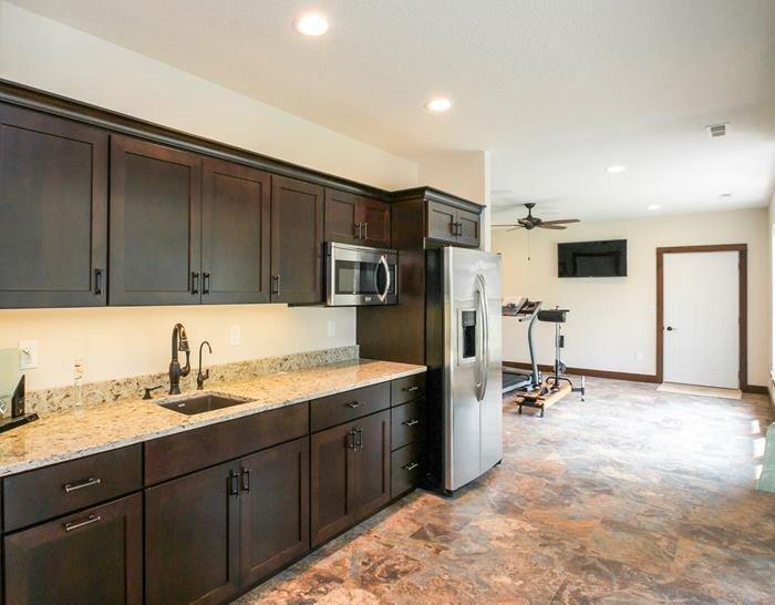 H&H Home Builders Interior Design Image #88