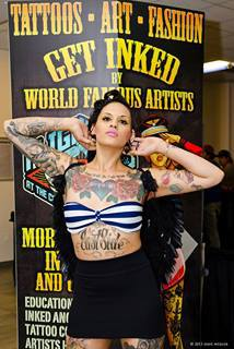 Tattoo artist at the Flight 913 event
