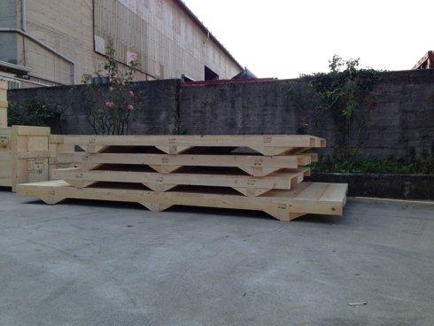 basi in legno
