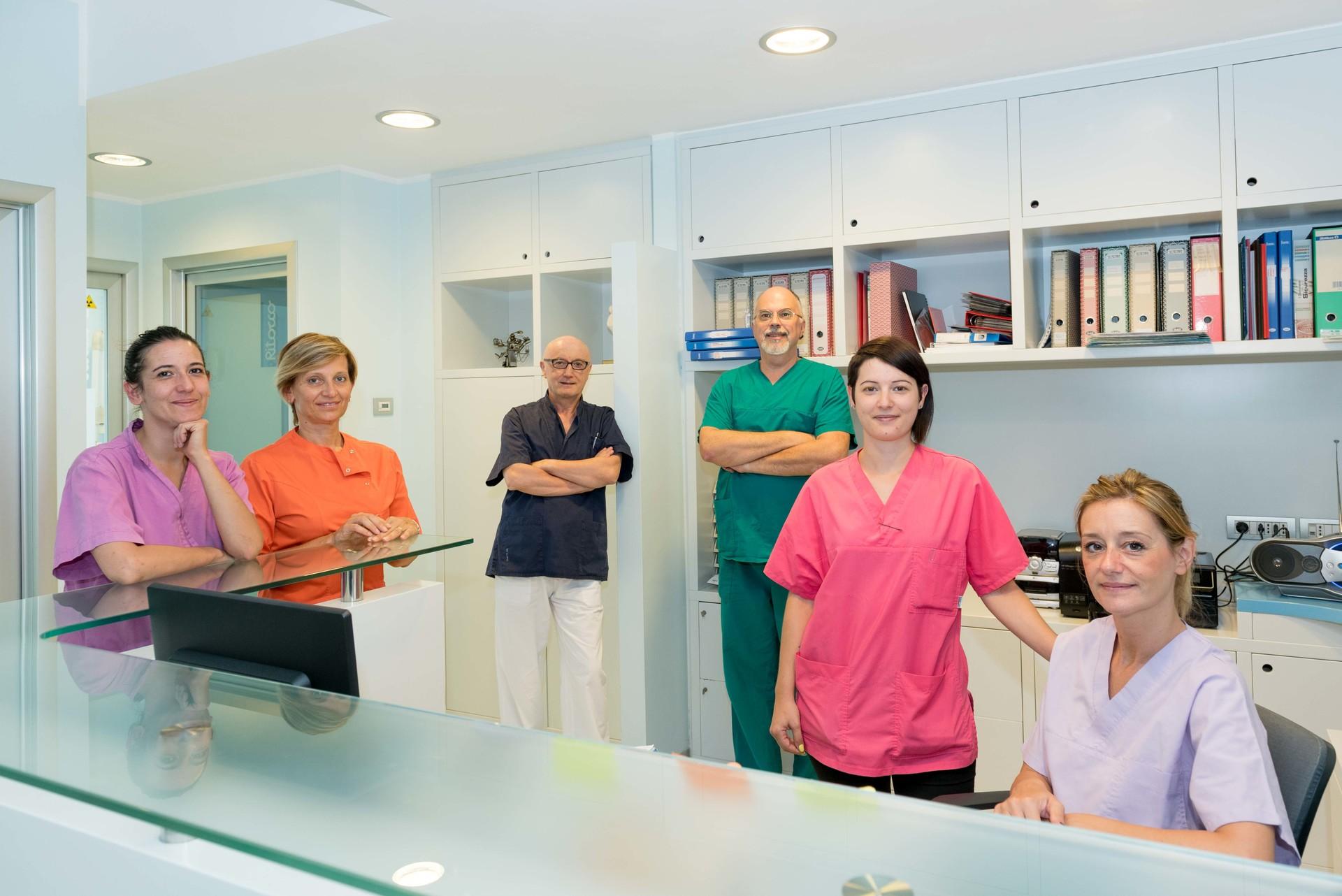 il Dottor Zeffirino Plebani e i suoi collaboratori