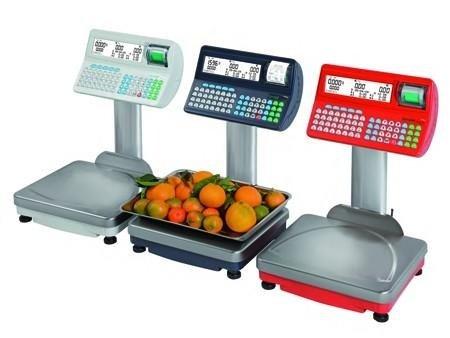 tre bilancie per pesare frutta e verdura