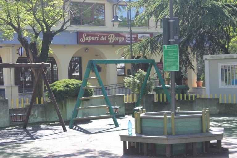 ristorante con parco giochi