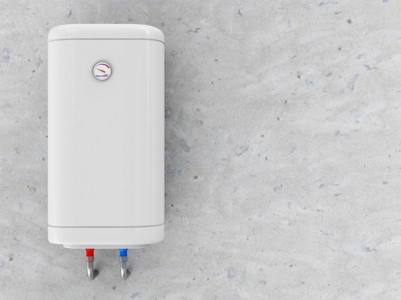 una caldaia di color bianco con un pressurizzatore