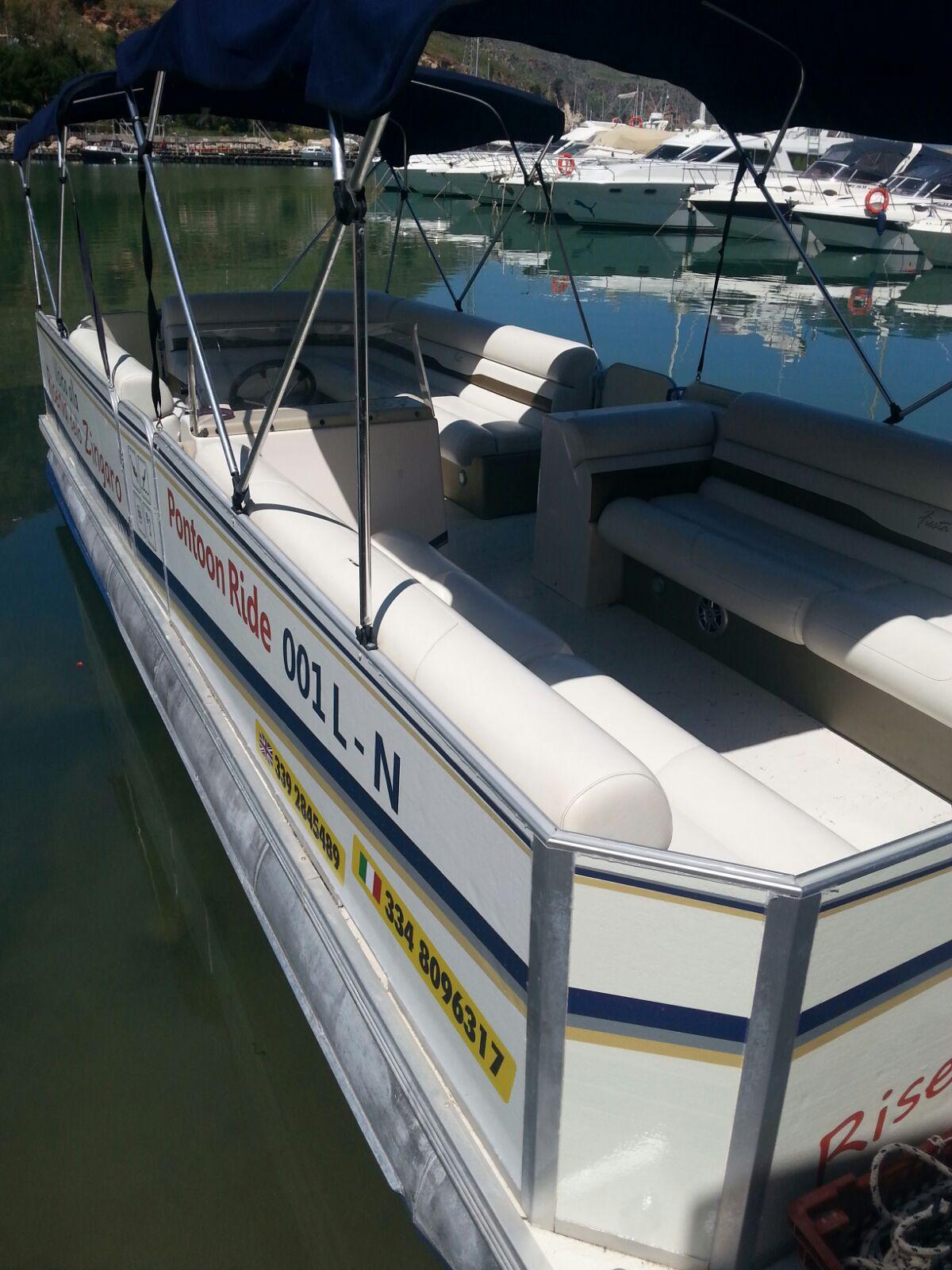 Pontoon Boat Escursione Riserva dello Zingaro