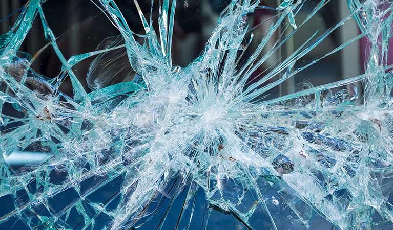 Emergency glass repairs