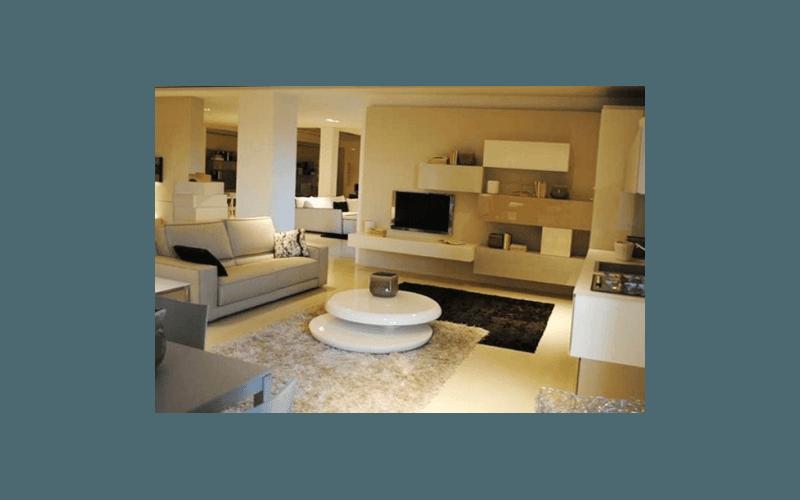 salotto moderno magenta