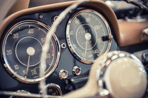 Cruscotto di auto d'epoca