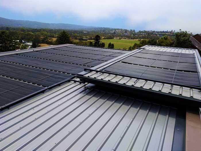 heat pool with solar energy