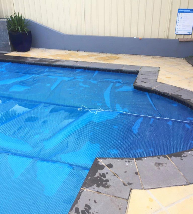 pool with coping