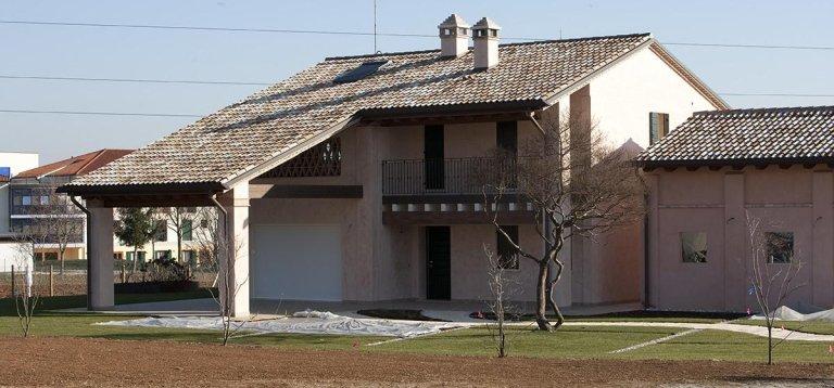 Serramenti casa rustica