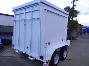 ramp enclosed trailer