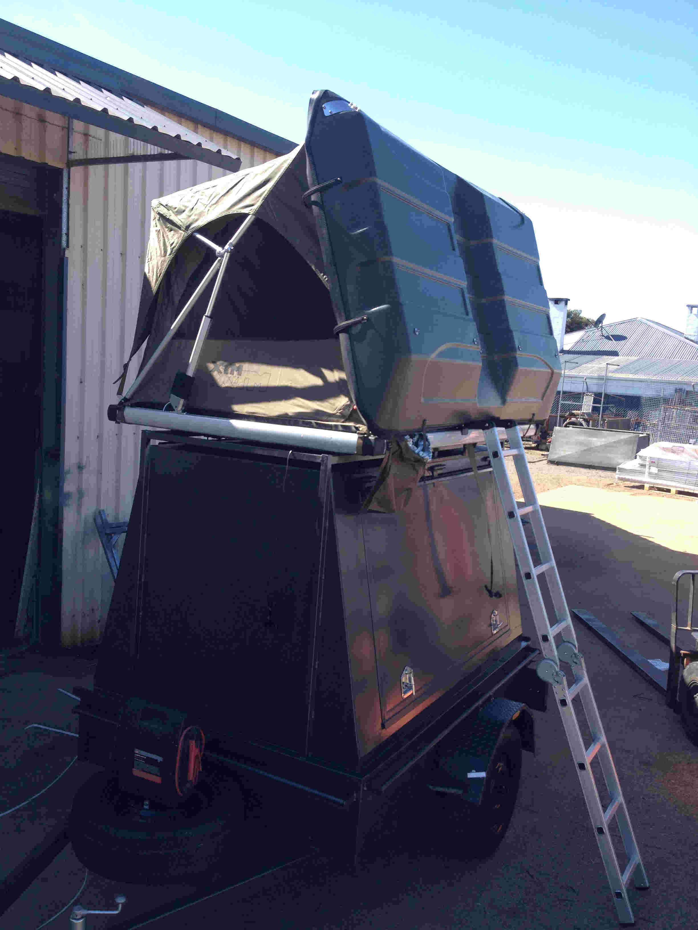enclosed camper trailer