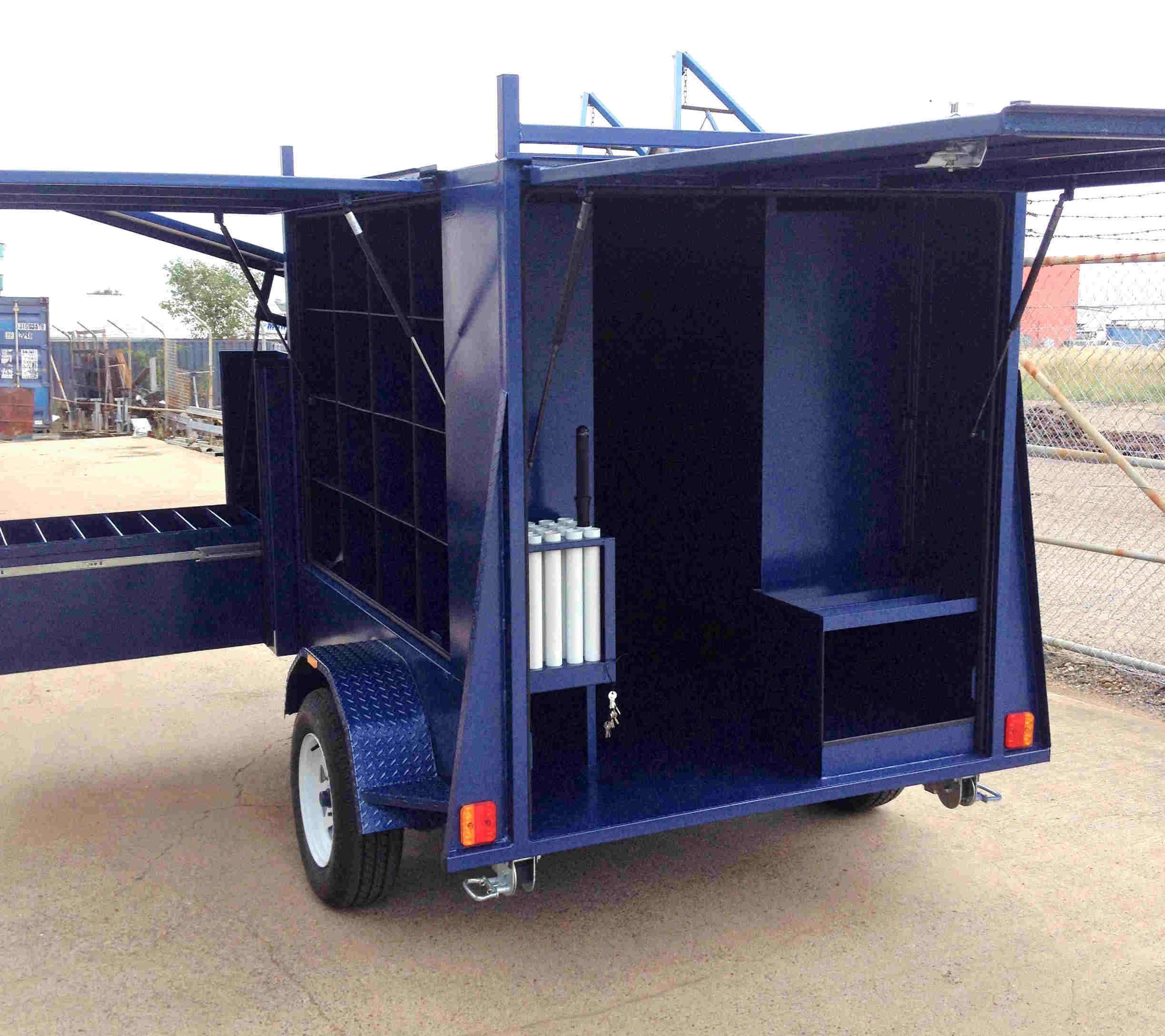 helmet trailer enclosed