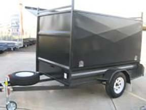 enclosed trailer three door