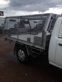mesh crate ute
