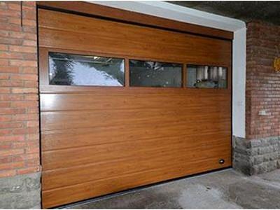 porte sezionali con vetrate