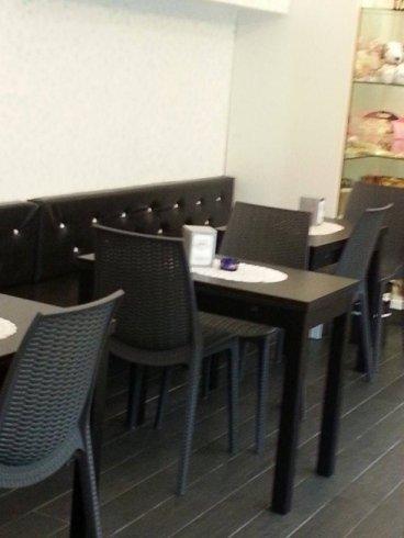 cornetti caldi, caffetteria, bar