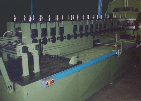 impianto macchina profilatrice per scaffalatura
