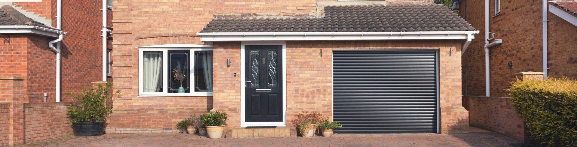 Rolling garage door