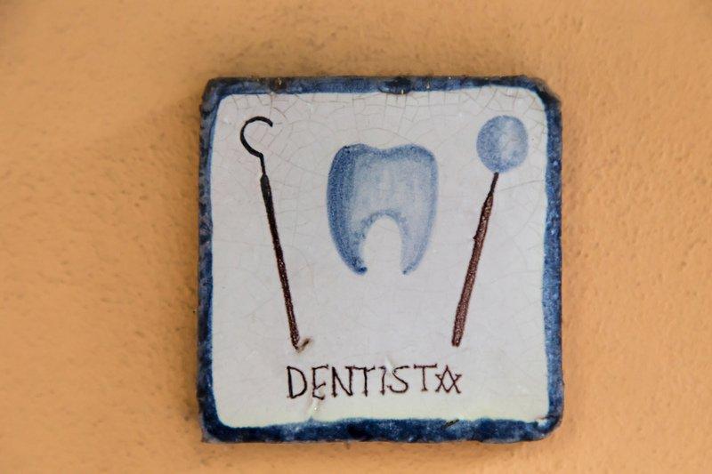 Dettaglio dello studio dentistico Fava