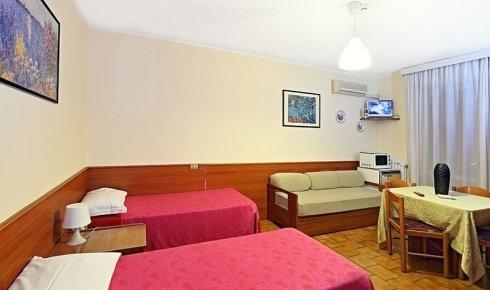 Residence Hotel Sogno a Novara - Particolare camera residence.