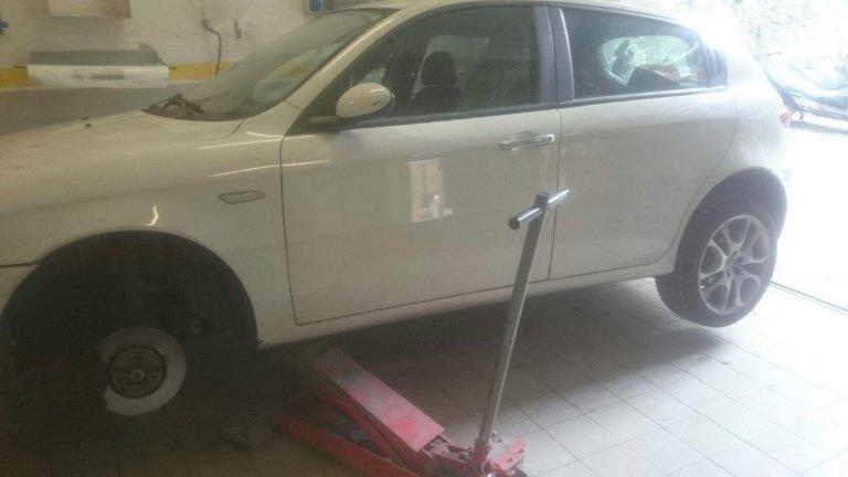 verniciatura auto bianca
