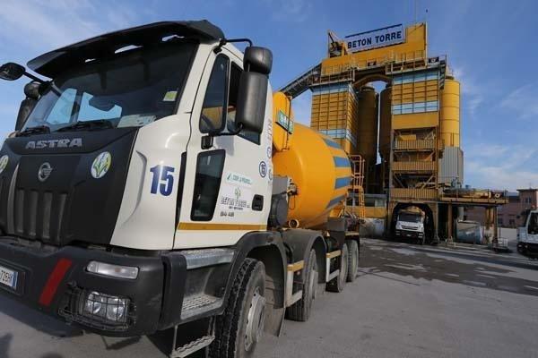 Automezzi per betonaggio