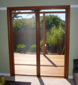 Phantom Double Retractable Screen
