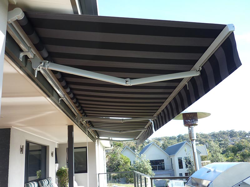 Folding Arm Awning (Crank Operated)