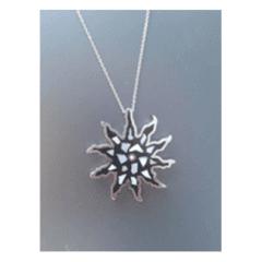Ciondolo in acciaio schegge di madre perla e zircone