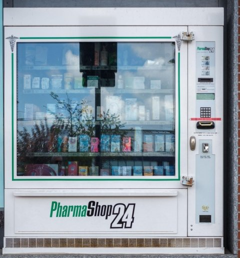 distributore automatico farmaci