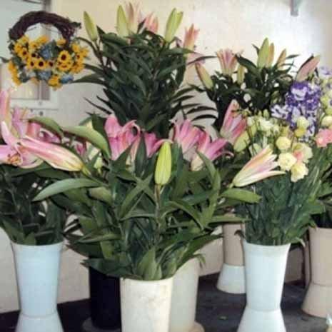 fiori e addobbi per riti funebri