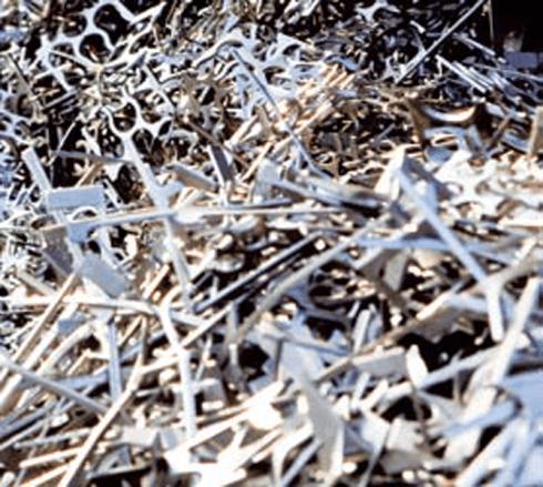 lavorazione smaltimento metalli