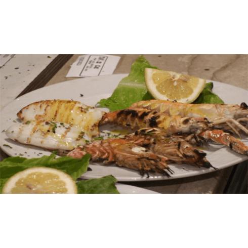 pietanze di pesce, antipasti di mare, ristorante