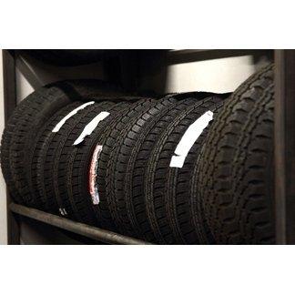 riparazione auto; riparazione cristalli; riparazione pneumatici