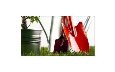 strumenti per giardinaggio