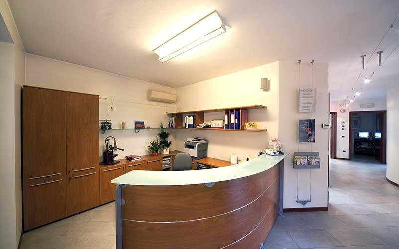 reception studio dentistico arienti