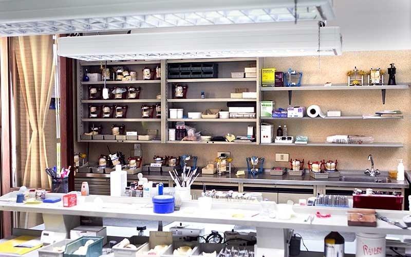 laboratorio dentista