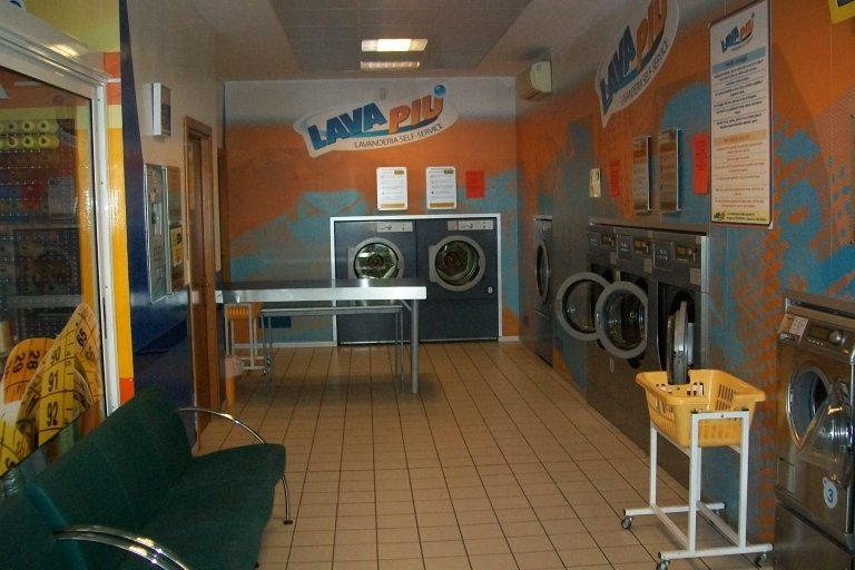 Gli spazi lavanderia Lava Piu