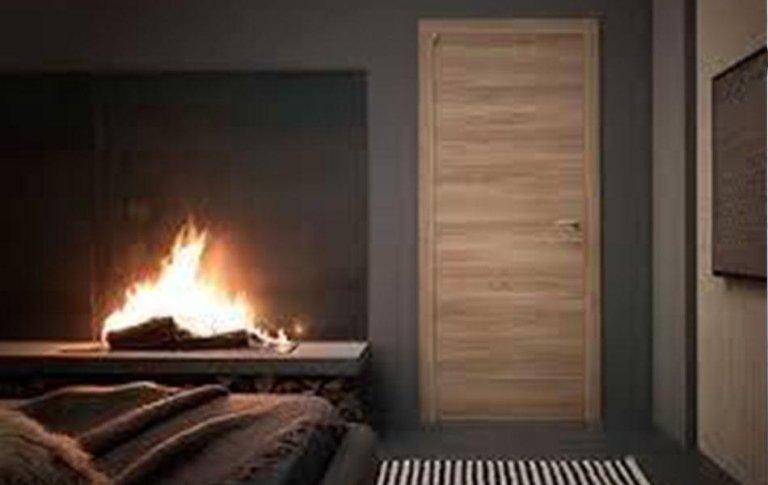 I nostri collaboratori eseguono il rivestimento in legno di varie superfici, pavimenti, pareti e scale