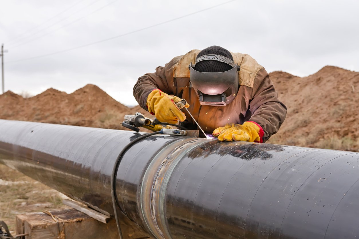 Oil pipeline NDT inspection